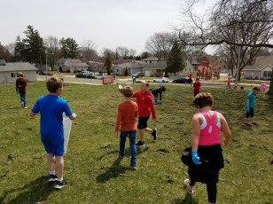 EPES Earth Day clean up
