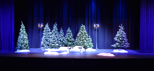 Almost, Maine set & lighting